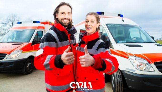 What Is The Difference Between A Paramedic And An Emt